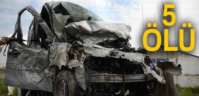 Eskişehir'de feci kaza: 5 ölü