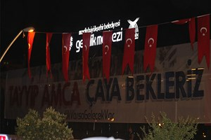 Erdoğan 'o pankarta' kayıtsız kalamadı