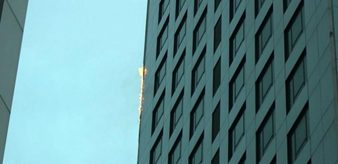 İstanbul Maslak'ta gökdelen yangını!