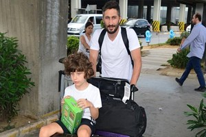 Sabri ve oğlu tatilden döndü