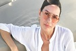 Yasemin Özilhan'dan tekne selfie'si