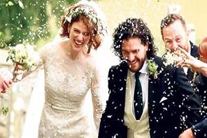 Evlilik tahtına oturdular!