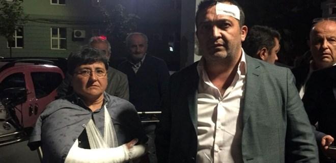 Seçim standında İYİ Partililer ile MHP'liler arasında kavga çıktı!