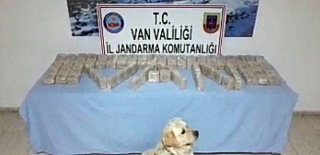 Jandarma uyuşturucu tacirlerine aman vermedi