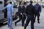 Yunan yargısı darbecileri serbest bıraktı!