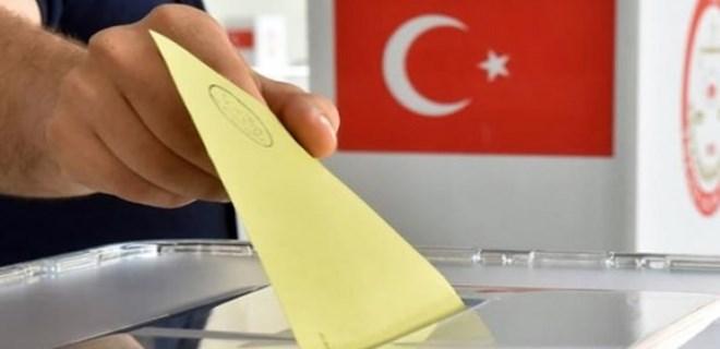 Yurt dışında yaşayan Türk seçmenler sandık başında!