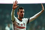 Oğuzhan Özyakup'un Beşiktaş'tan ayrılması an meselesi