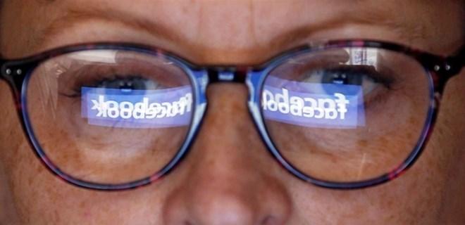 Facebook Çinli şirketlerle veri paylaştığını doğruladı
