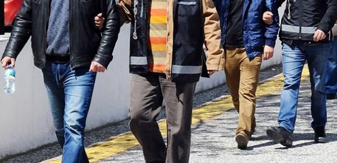 İstanbul'da FETÖ operasyonu: 25 gözaltı