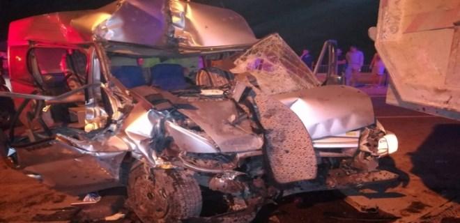 Nöbetten dönen güvenlik görevlileri kaza yaptı