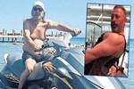 Cem Yılmaz'ın babasından jet-ski üzerinde poz