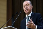 Erdoğan, CHP'liler hakkında suç duyurusunda bulundu