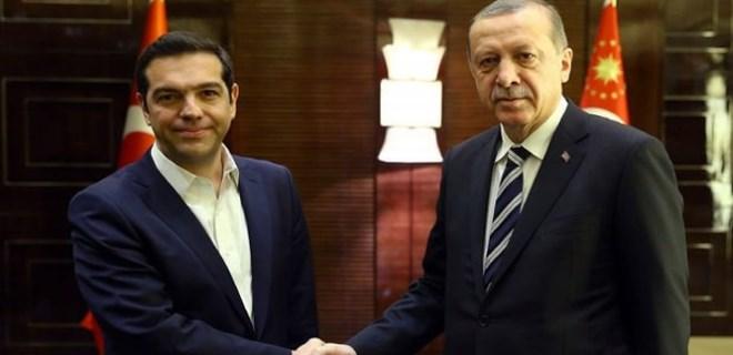Erdoğan'dan Çipras'a telefon!