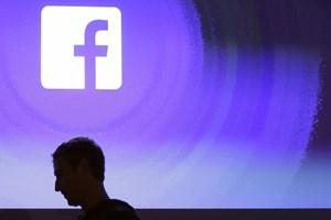 Facebook skandaldan sonra değer kaybetti!