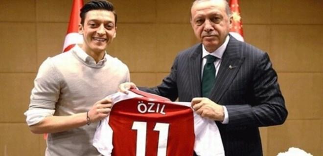 Vodafone'dan skandal Mesut Özil kararı!
