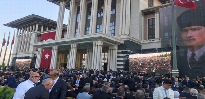 Yeni sistem için Cumhurbaşkanlığı Külliyesi'nde tören