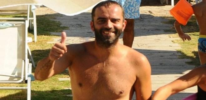 Semih Şentürk'ün keyifli tatili sürüyor