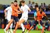 UEFA Avrupa Ligi 3. Ön Eleme Turu rövanş maçında Medipol Başakşehir deplasmanda Burnley ile...