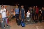 Otobüs firması İstanbul'a giden 20 yolcuyu yolda bıraktı