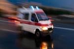 Ambulansa yol vermek isterken refüje çıktı!