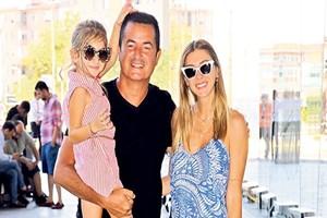 Ilıcalı ailesi AVM turunda görüntülendi