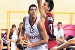 Milli Basketbolcu kazada can verdi!
