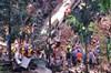 Filipinler'de süper olarak bilinen Mangkhut Tayfunu'nda hayatını kaybedenlerin sayısı 74'e çıktı.