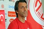 """Bülent Korkmaz: """"Ligin en çok gol yiyen takımı olmaktan dolayı rahatsızım"""""""