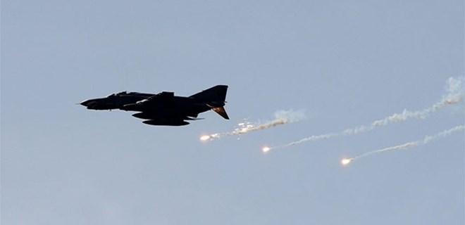 İsrail uçakları sivilleri bombaladı