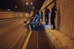 Kaza yapan araç 200 metre fırladı!