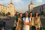 Murat Evgin'den 'Ponpon Kızlar'la klip