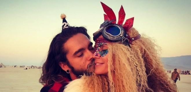 Burning Man Festivali'nin en renkli çifti