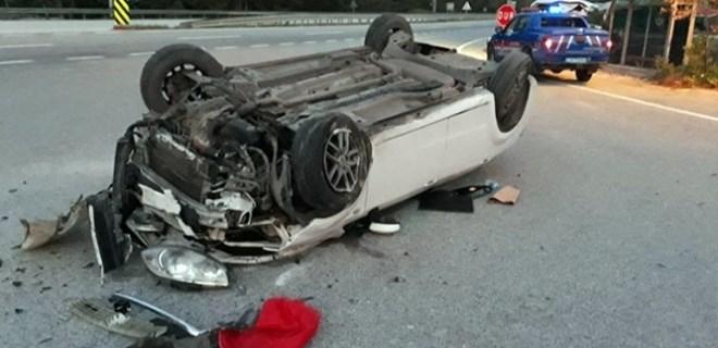 Bursa'da kontrolden çıkan araç takla attı!