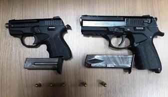 Şüphelilerin üzerinden 2 adet silah çıktı!