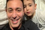 Mustafa Sandal'ın baba-oğul tatili