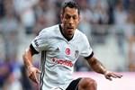 Beşiktaşlı yıldız Adriano, Santos'ta