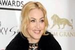 Madonna yeni imajıyla herkesi şaşırttı!