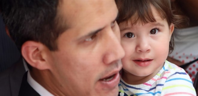 "Muhalif lider Guaido: ""Ailem tehdit edildi"""