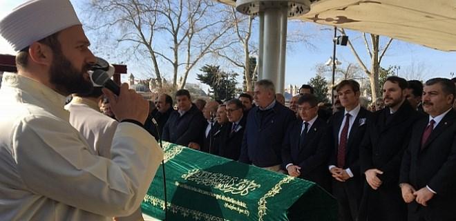 Mehmet Öz'ün babası Mustafa Öz son yolculuğuna uğurlandı