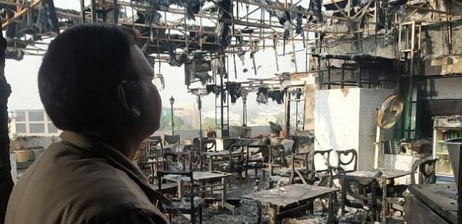 Dehşet veren yangında 17 kişi can verdi!