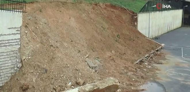 Tuzla'da istinat duvarı okul bahçesine devrildi!