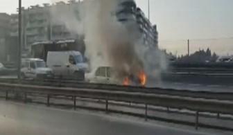 Seyir halindeki otomobil alevler içinde kaldı