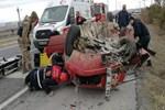 Sivas'ta otomobil takla attı!..