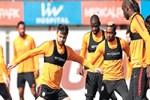 Ligi bırak, Benfica'ya bak