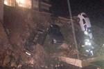 Milas'ta istinat duvarı çöktü!