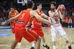 İspanya: 74 - Türkiye 58