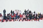 Koruma altındaki çocukların kayak keyfi
