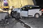 Tünel girişinde dehşet veren trafik kazası!
