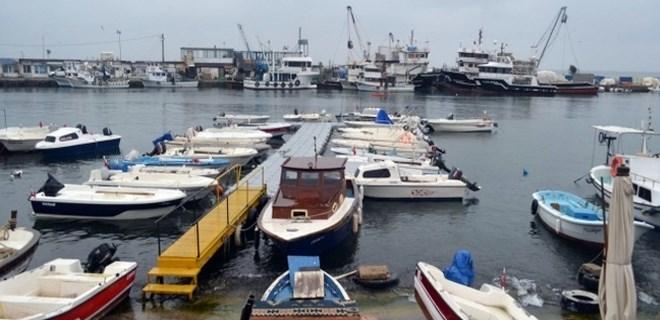 Marmara'da deniz ulaşımına poyraz engeli!
