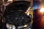 Lüks cip Mecidiyeköy meydanında alev alev yandı